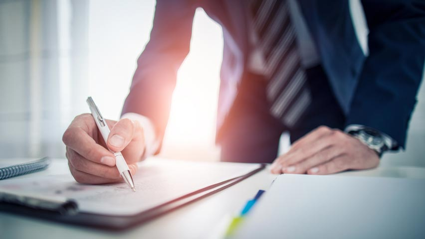 executive contract attorney